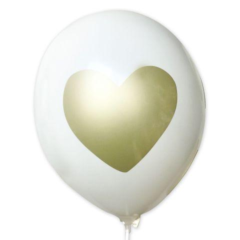 Weißer Luftballon mit aufgedrucktem, großen, goldenen Herz.