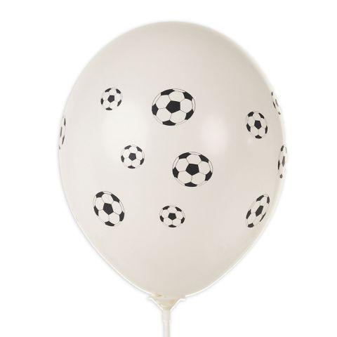 Weiße Luftballons mit vielen kleinen aufgedruckten Fußbällen, rundum.